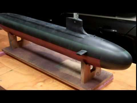 R/C Seawolf nuclear submarine with working torpedoes!