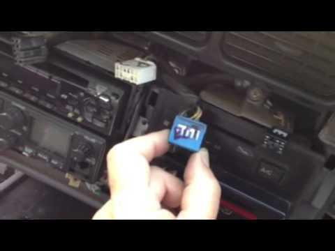 Remove dash radio cd player toyota land cruiser 1994 80 ser - YouTube