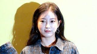 [HD직캠] '서울패션위크' 티아라(T-ARA) 전 멤버 소연, 심쿵 인형 비주얼(191015)