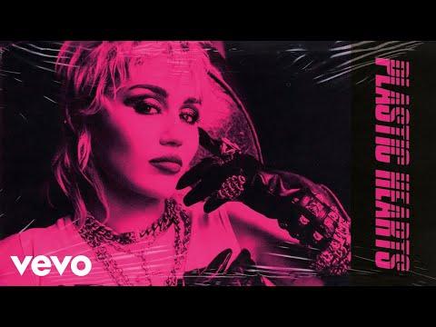 Miley Cyrus se rinde al punk-rock en su séptimo disco: Plastic Hearts