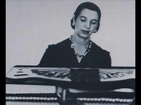 Marcelle Meyer plays Chabrier's Feuillet d'album
