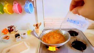 S2 Ep 41: MINIATURE COOKING SOUND Thai Chicken Pasta  [REAL KITCHEN TOY SET; SINK & STOVE]