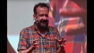 Nunca nadie se acuerda del bajista  | Javier Ramírez Cha! | TEDxIbero