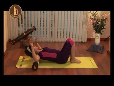 Bài tập chữa đau lưng nâng cao với con lăn DOCTOR100
