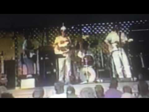 Bob Pickett - TBT Young Brad Paisley