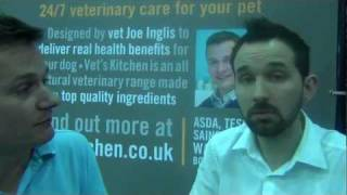 Vet Joe Inglis And Canine Behaviourist Jez Rose At Vet's Kitchen Stand - Discover Dogs 2011