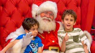 Brincadeira no Parquinho da Peppa Pig com Papai Noel  Especial de Natal