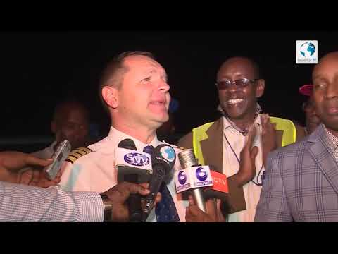 After 27 years Airplane has landed in Mogadishu airport at night time!