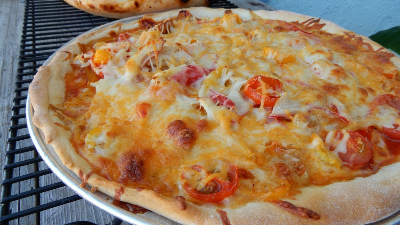 How to Make Seafood Pizza - YouTube