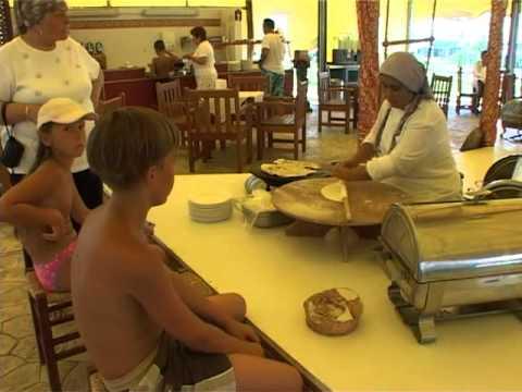Die Restaurants im Kremlin Hotel in Kundu