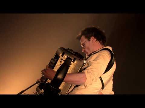 La valse misère (Live) - Debout sur le zinc - Tournée De charybde en scylla 2010