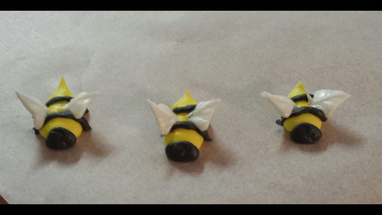 how to make plastic icing decorations