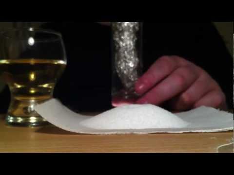 silberschmuck-reinigen-mit-essig-und-salz---ein-hausmittel