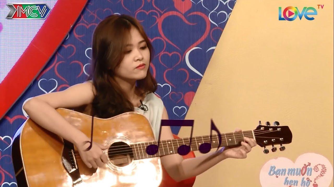 TRAI XINH GÁI ĐẸP có gu ĐỘC LẠ thả thính bằng đàn guitar gặp là chịu đèn ngay trên BMHH