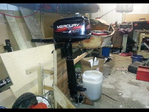 Replacing the impeller on a 4hp Mercury outboard to fix the water pump Part 1