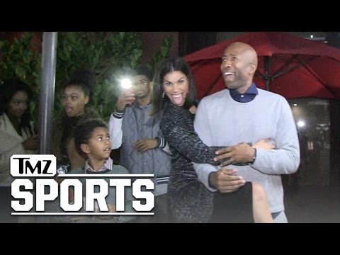 Kenny Smith's Hot Wife -- We're Bangin' On Xmas!!! | TMZ Sports