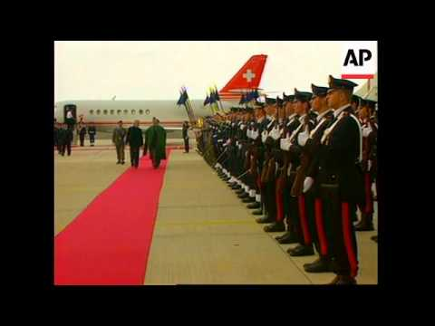 Karzai arrives to escort King back to Afghanistan