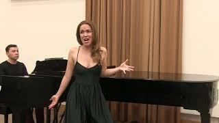 """Emily Edmonds - """"Ich lade gerne Gäste ein"""", Orlofksy, 'Die Fledermaus' (J. Strauss)"""
