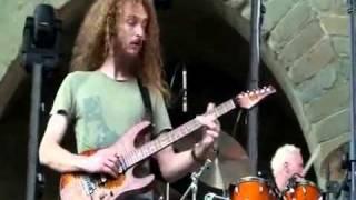 Guthrie Govan - Wonderful Slippery Thing (Live)