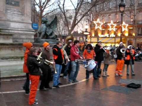 PARIS Musique dans la rue, Boulevard Saint-Michel