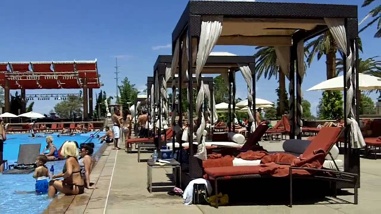 The Pool @ M-Resort, Las Vegas 2010 - YouTube
