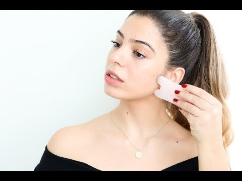 How I Use Gua Sha for Clear Skin + Lymph Drainage thumbnail