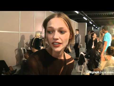 Sasha Pivovarova: Paris fashion week