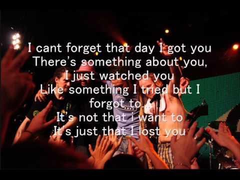 SOJA - I Tried (Lyrics)