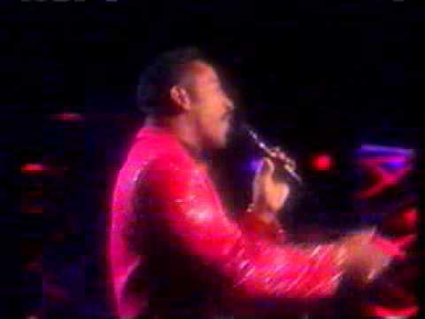 KEITH WASHINGTON ) - Kissing You   (live)