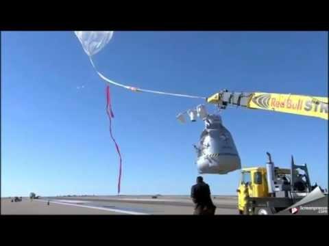 (Full Start) Red Bull Stratos Felix Baumgartner - Freefall from the edge of space