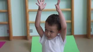 Занятие хореографией в детском саду Сказка