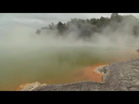 Volcanic springs and hydro-thermal vents | BBC