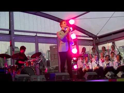 Luke Kennedy performs 'Un Giorno Per Noi/A Time For Us' at Bright Star Carols