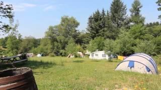 Le camping vue du Lac à Fours