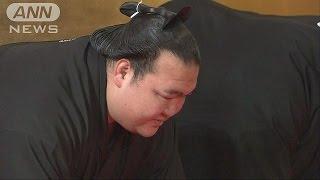 大相撲1月場所で初優勝した稀勢の里(30)に25日午前、横綱昇進が伝達さ...
