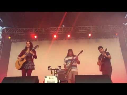 Rodrigo y Gabriela perform with Robert Trujillo - Bottlerock Festival 2016