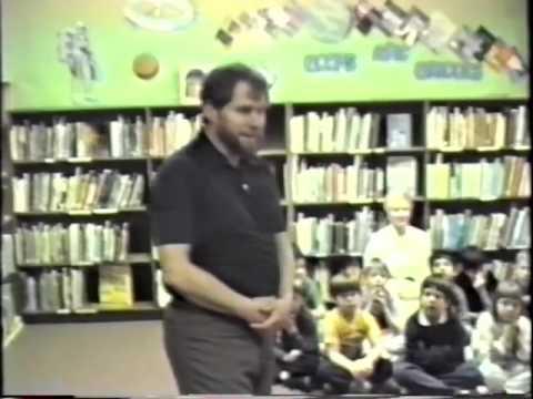 Storyteller Will Perry at McLane Elementary School, Olympia, Washington