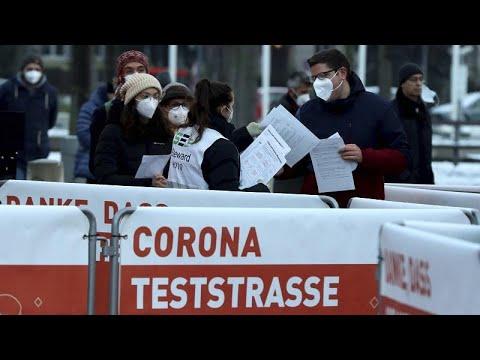 Pandemia, in Austria al via i test di massa