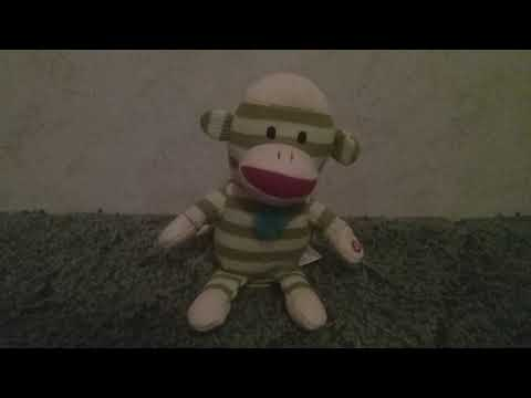 Gemmy Industries 2011 Animated Dancing Sock Monkey - Green