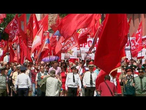 Слушать песню Памяти погибших в Великой Отечественной войне - На стихи Роберта Рождественского