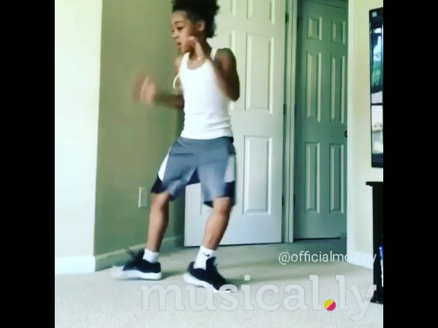 Curlyhead Monty dance video add me on musically