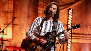 Hozier Makes 'Sweet Music' with His Latest Performance