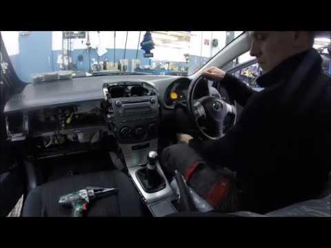 Toyota Coralla 2008 Top Dash Removing