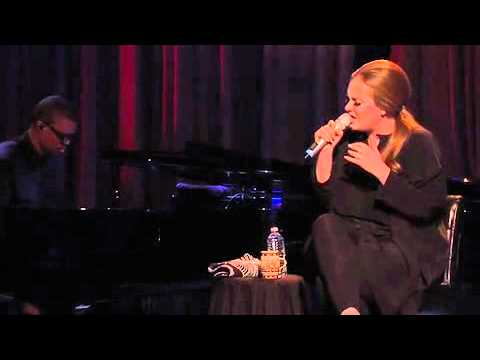 Adele - Turning Tables (Live from the Artists Den)