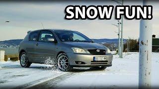 Toyota Corolla TS - Fun in snow! [HD]