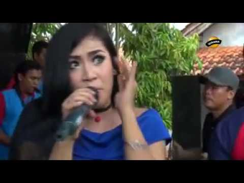 JURAGAN EMPANG voc. Rini Dp - Jaipong Dangdut LIA NADA  Live Karangsari