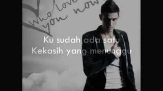 aliff satar - lelaki seperti aku (lyrics)