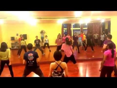 Bollywood DanceFuze Iski Uski