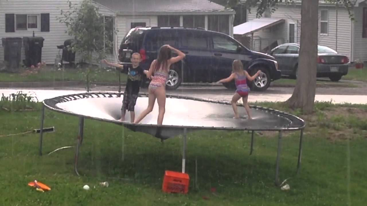 Protecting Trampoline Against the Rain