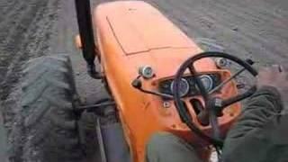 Fiat 1300 aan het culteren.
